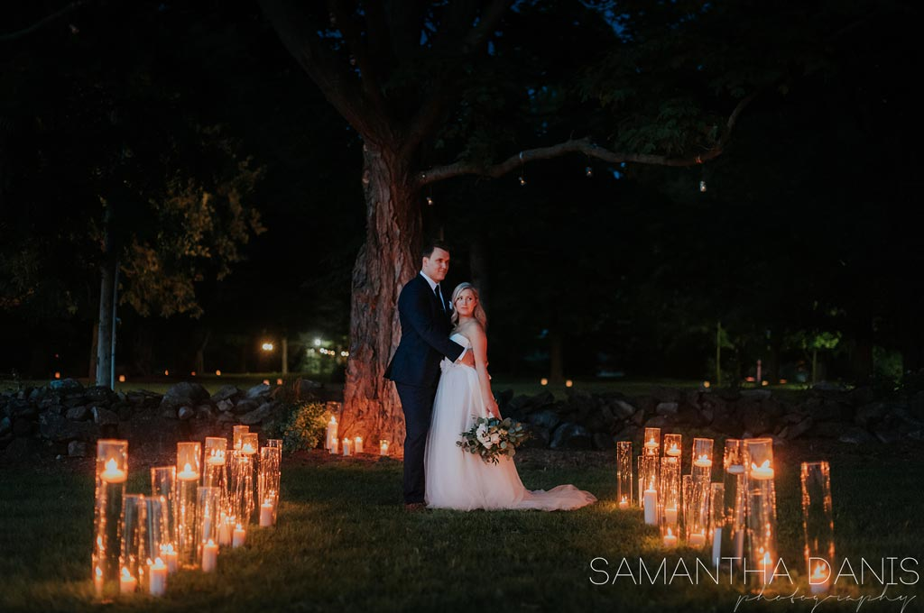 wedding couple at night with lanterns